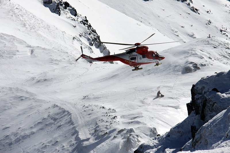 zimowa akcja TOPR w rejonie Orlej Perci